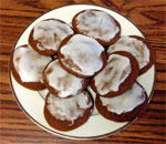 Photo of plate of Ginger Creams cookies made by Alice and Elizabeth using a 1929 Gold Medal Flour recipe.
