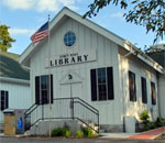 Photo of the North Lake Wisconsin Town Hall Library.
