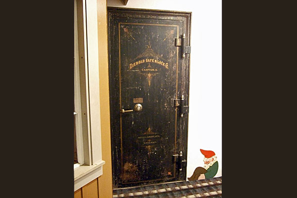 <strong>Vesterheim's antique vault.</strong> This Diebold safe in the basement is featured in the story.  (Vesterheim Norwegian-American Museum. Photo by author.)
