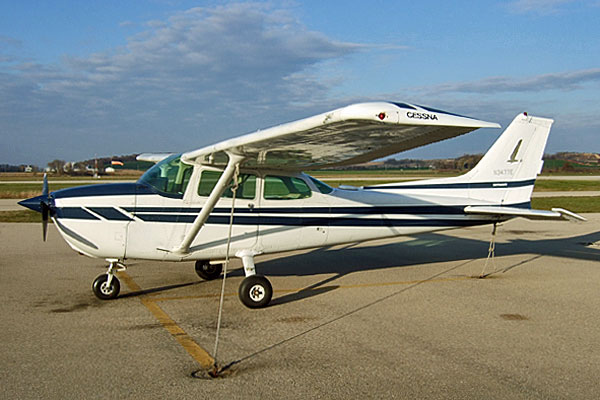 <strong>Roelke's Rental.</strong> Roelke takes a long flight in &quot;November 3477 Echo&quot;. The author's husband learned to fly in this 1978 Cessna Skyhawk. (Aircraft operated by Morey Airplane Company. Photo by Scott Meeker.)