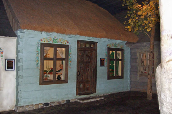 Roelke Spots This Polish House In The Milwaukee Public Museum S European Village Which